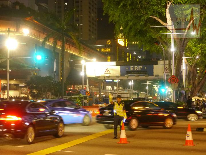 redwire-singapore-orchard-pedestrian-night-13