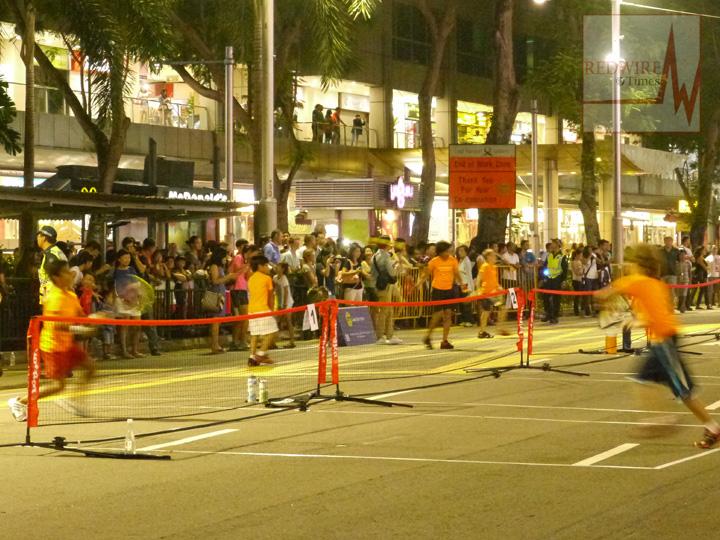 redwire-singapore-orchard-pedestrian-night-5