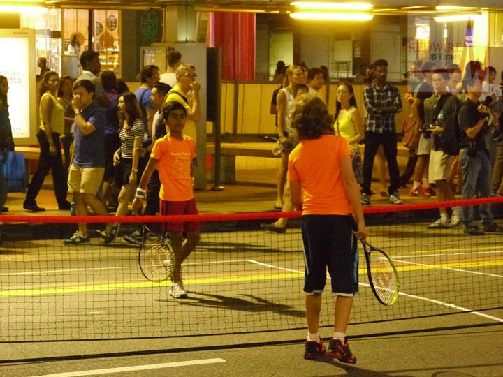 redwire-singapore-orchard-pedestrian-night-6