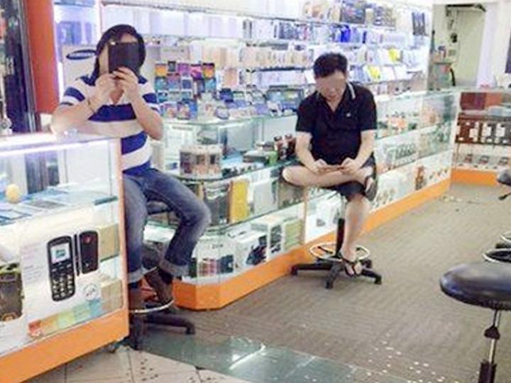 redwire-singapore-mobile-air-sim-lim