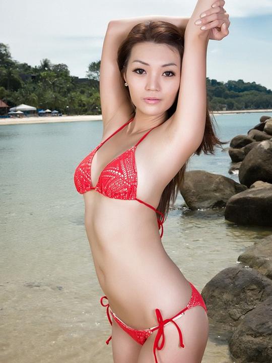 redwire-singapore-model-reena-yeo-4