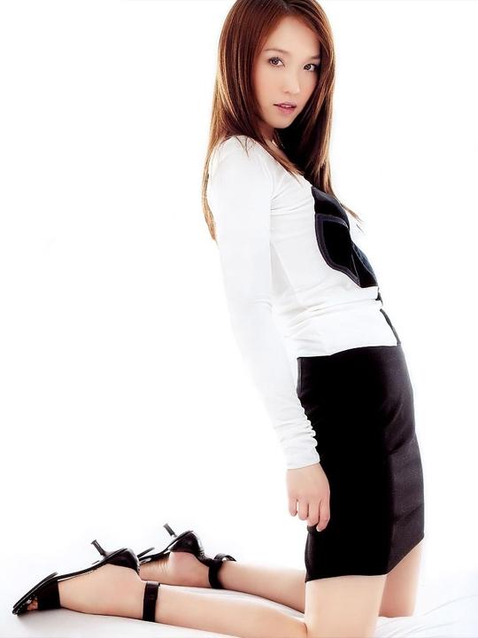 redwire-singapore-actress-fann-wong-11