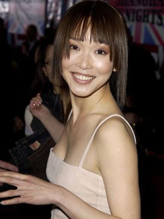 redwire-singapore-actress-fann-wong-12