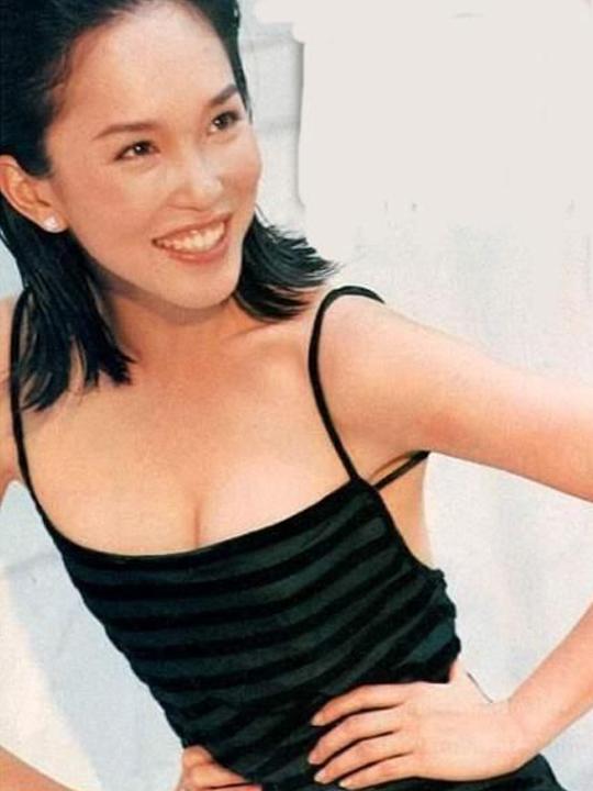 redwire-singapore-actress-fann-wong-4