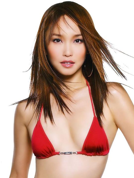 redwire-singapore-actress-fann-wong-7