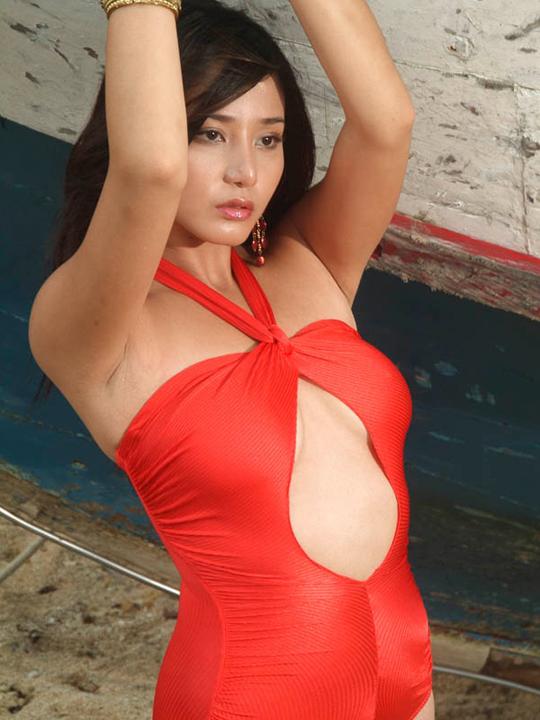 katrina halili topless picture