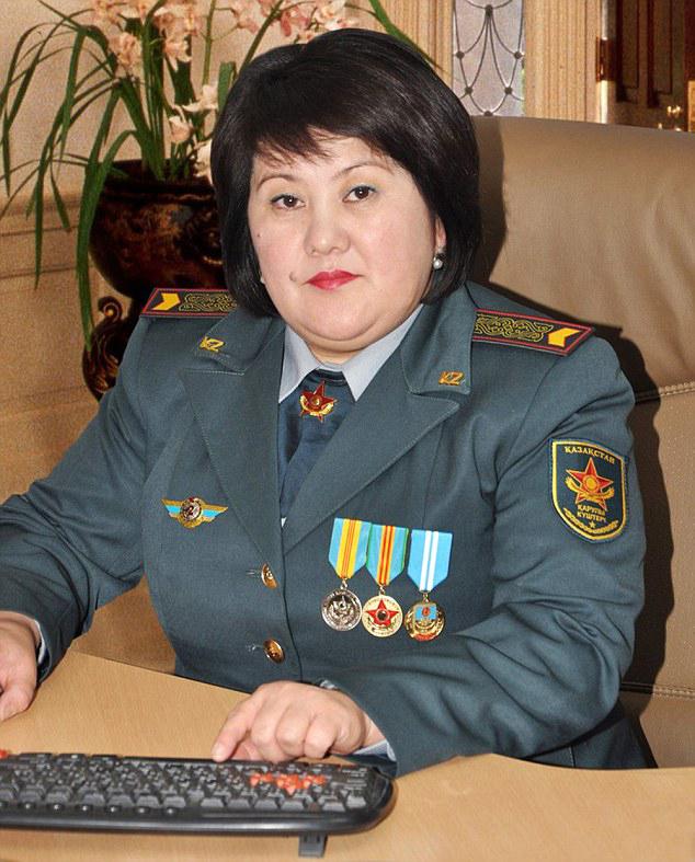 redwire-singapore-kazakhstan-miss-army-babe-2