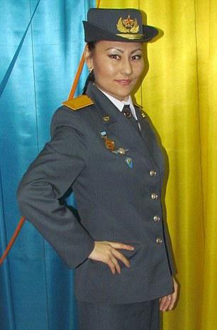redwire-singapore-kazakhstan-miss-army-babe-4