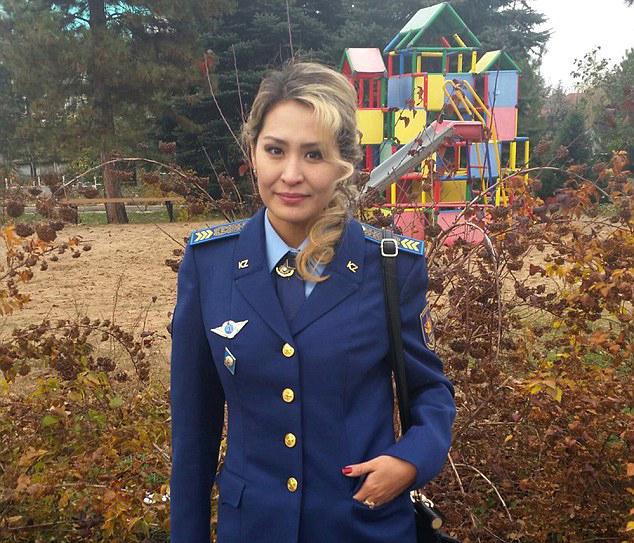redwire-singapore-kazakhstan-miss-army-babe-6