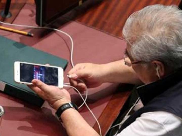 redwire-singapore-hong-kong-parliament-porn-2