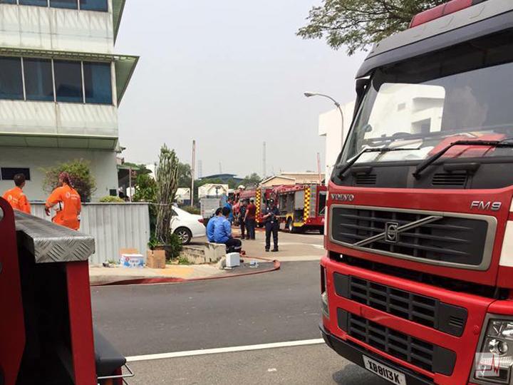 redwire-singapore-tanjong-kling-fire-2