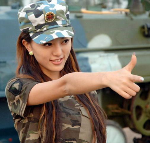 redwire-singapore-china-army-women-1