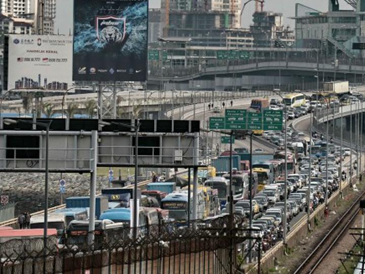 redwire-singapore-jb-causeway