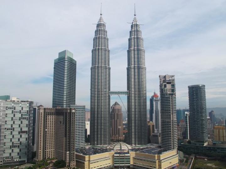 redwire-singapore-petronas-twin-towers