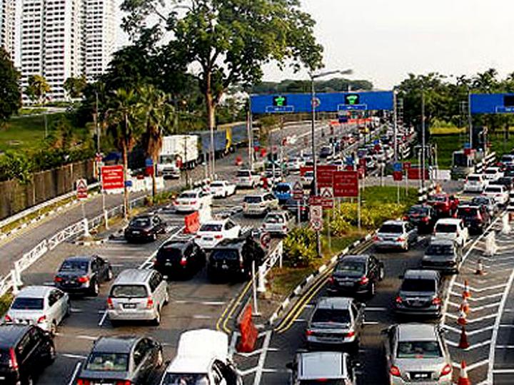 redwire-singapore-malaysia-causeway-x63