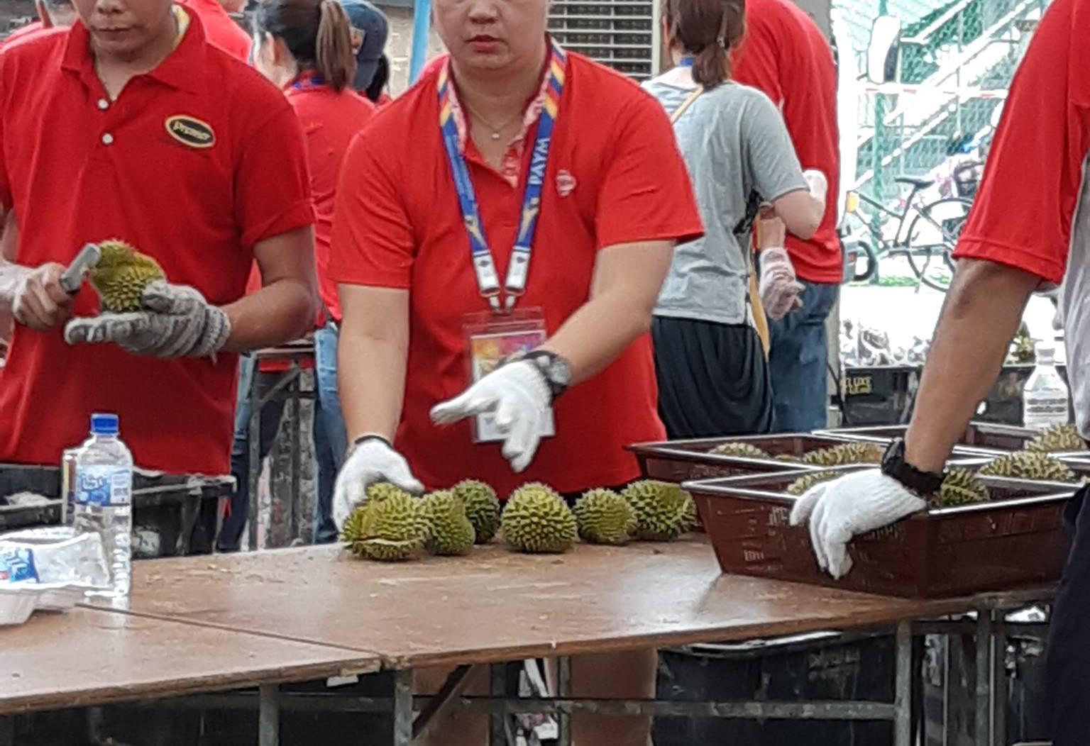 redwire-singapore-teo-ser-luck-durian-x5