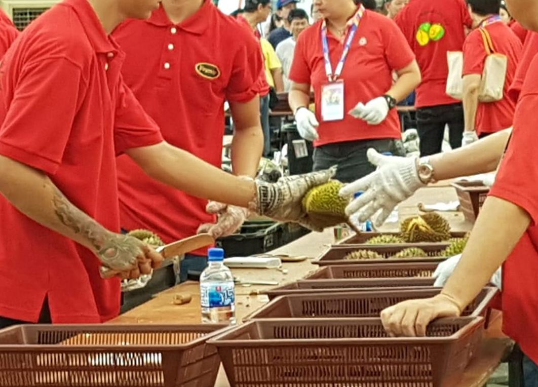 redwire-singapore-teo-ser-luck-durian-x6