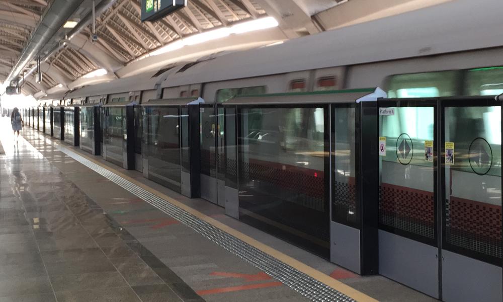 redwire-singapore-tanah-merah-mrt-station-x17