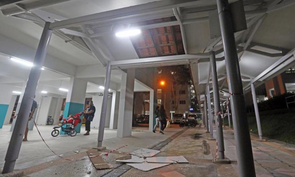 redwire-singapore-yishun-sheltered-walkway-x7t82